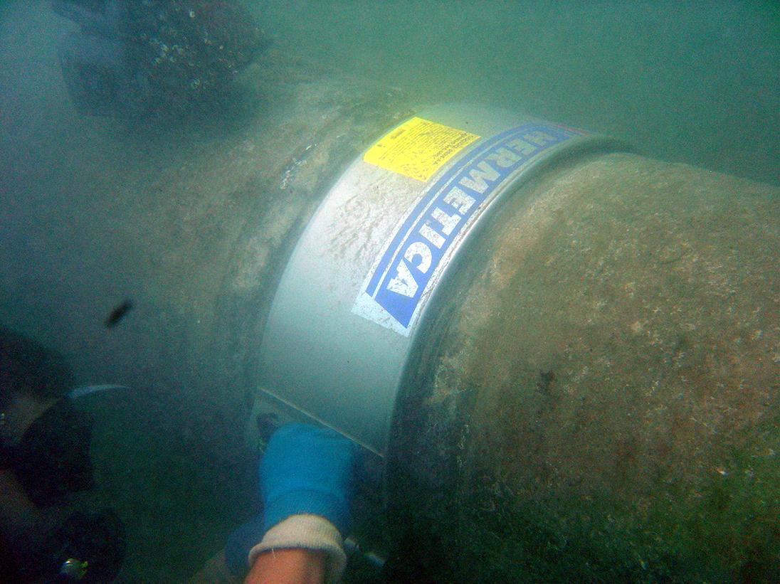 abrazadera emisario submarino reparacion